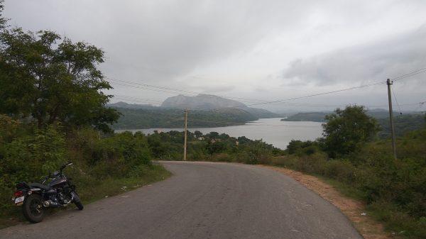 Manchanbale dam enroute to Savandurga trek base